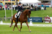 Izzy Taylor (GBR) riding Briarlands Birdsong