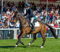 Rosalind Canter and Allstar B take a Lap of Honour at the end of the 2017 Mitsubishi Motors Badminton Horse Trials